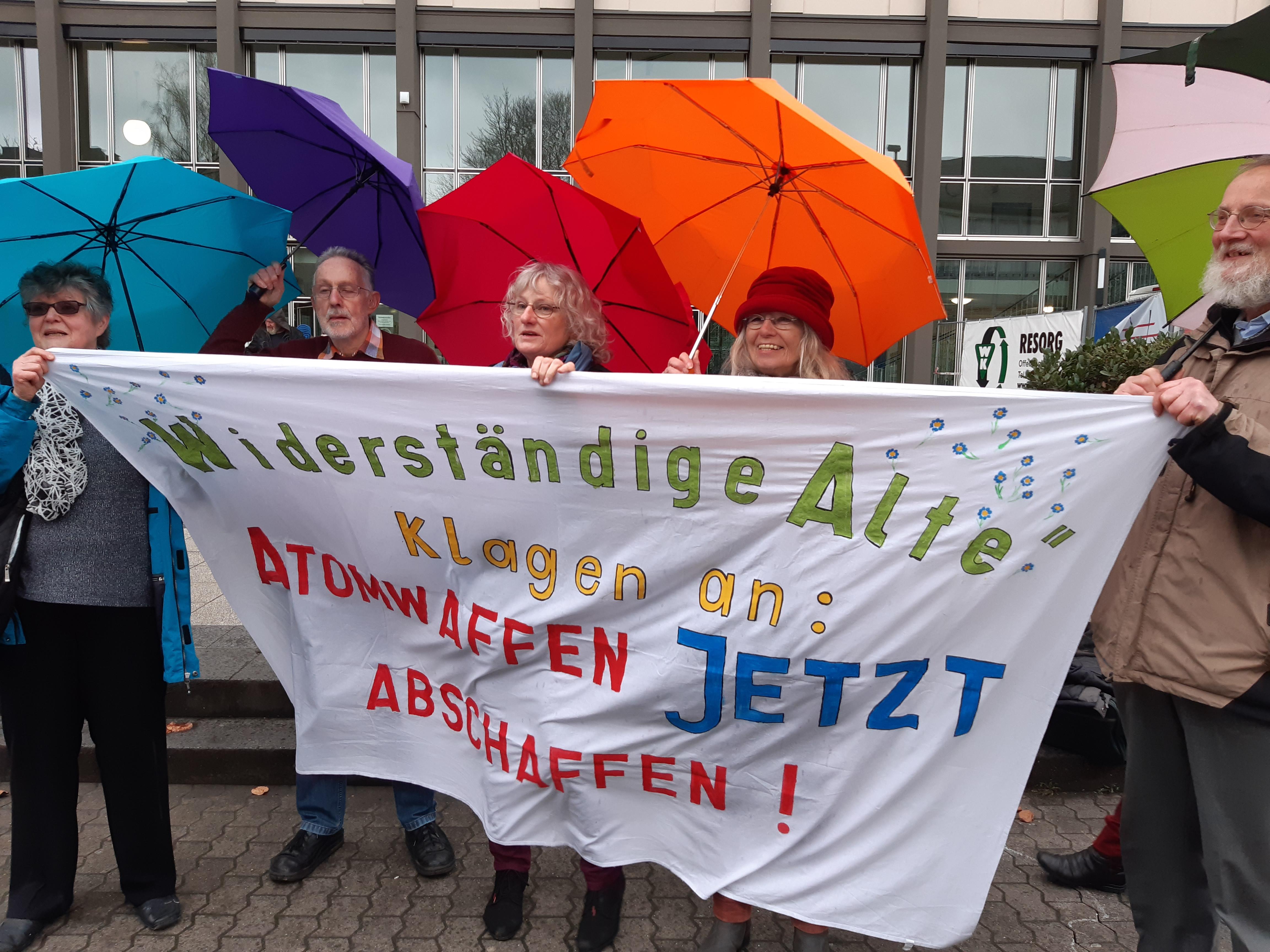 Landgericht verurteilt Büchel-Protestierer …